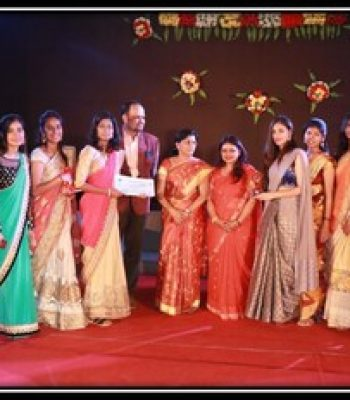 PRIZE DISTRIBUTION ON TRADITIONAL DAY